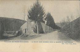 Vresse-sur-Semois  La Route Vers Membre Avec La Maison Du Cantonnier - Vresse-sur-Semois
