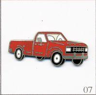 Pin's Automobile - Ford / Modèle Pick Up F-150 De 1980. Estampillé © Mafco. EGF. T730-07 - Ford