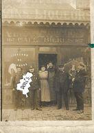 Cpa Carte Photo  50  ? Café Bierre Liqueurs 167 Devanture De Magasin Animée  Gendarme ? - Fotografie