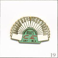Pin's Banque / Assurance - BNP / Atouts Comité D'Entreprise Marne La Vallée. Estampillé JPB Prestige. Zamac. T735-19 - Bancos