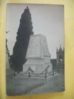 60 8579 RARE CARTE PHOTO CPA. 60 SAINT CREPIN IBOUVILLERS. LE MONUMENT AUX MORTS - PHOTO L. HENRY. - France