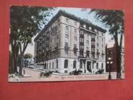 Hotel Elton  Waterbury   Connecticut >>  Ref 4140 - Waterbury