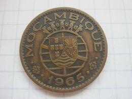 Mozambique , 1 Escudo 1965 - Mozambique