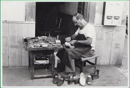 Calzolaio. Ciabattino. Scarpa. Scarpe. Calzature. Vecchi Mestieri. Lavoro. Usi E Costumi. SIP. 118 - Craft