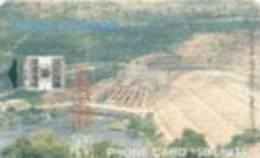 = GHANA  - ISSUED - 03 - 2002 - TIRAGE - 200 000 - Akosombo Dam  = 20 - Ghana