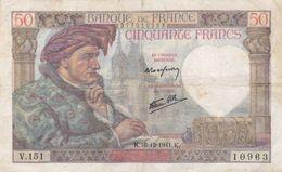 50 Francs Jacques Coeur  1941 K - V 151 Plis Central  -  Trous  D'epingles -  Ce Billet A Circulé - Vendu En L'etat - 50 F 1940-1942 ''Jacques Coeur''