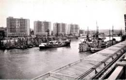 62 BOULOGNE SUR MER LE PORT ET LES NOUVEAUX BUILDINGS CPSM - Boulogne Sur Mer