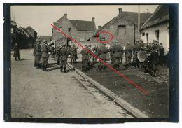 62 PAS DE CALAIS -  à Rœux - Soldaten Platzkonzert  -  Photo Allemande 1914-1918 - France