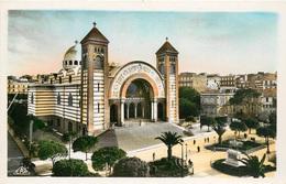 CPSM Oran-La Cathédrale Et La Statue Jeanne D'arc      L3109 - Oran