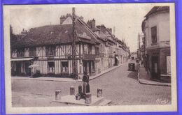 Carte Postale 60. Chaumont-en-Vexin  Rue De La République Très Beau Plan - Chaumont En Vexin