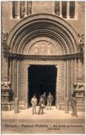 PERUGIA - Palazzo Pubblico - La Porta Principale - Perugia