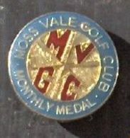 No Pin's Broche épinglette GOLF Moss Vale Golf Club Achat Immédiat - Golf