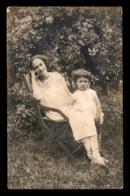 CARTE PHOTO - FEMME ET ENFANT - PHOTOGRAPHE DESIRE A SANNOIS - VOIR ETAT - Photographie