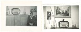 2 Photos Intérieur Maison, Poste Radio Tsf - Personnes Anonymes
