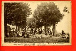 71 MONT SAINT VINCENT Promenade De L'Arquebuse TB Animée - France