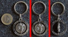 Porte-clé Chromé à Médaille Tournante Avec Le Bibendum MICHELIN - Llaveros