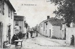 17- NUAILLE D'AUNIS - Mariage Dans Le Bourg En 1916 - 1910 - EDITEUR R. BERBEVIN LA ROCHELLE - Sonstige Gemeinden