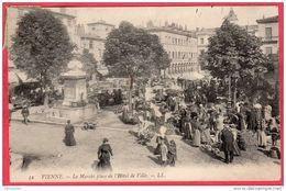 CPA 38 VIENNE  Le Marché Place De L' Hotel De Ville - Vienne