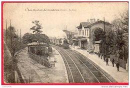 CPA 38 LES ROCHES DE CONDRIEU Près VIENNE La Gare  Avec Train - France