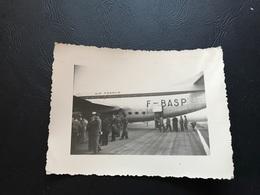 Photo Guerre D'Algerie 1957 - Debarquement Avion AIR FRANCE F-BASP - Guerre, Militaire