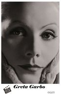 GRETA GARBO (PB51) - Film Star Pin Up PHOTO POSTCARD - Pandora Box Edition Year 2007 - Femmes Célèbres