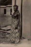 TYPE NOIR...FEMME SEINS NUS...CPA - Afrique Du Sud, Est, Ouest