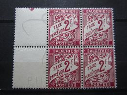 VEND BEAUX TIMBRES TAXES D ' ALGERIE N° 26 EN BLOC DE 4 , XX !!! (a) - Algeria (1924-1962)