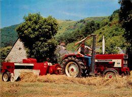 Tracteur INTERNATIONAL 422 * équipé De Noueurs Toutes Ficelles * Agriculture * Tractor - Tractores