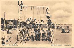 44    La Baule    Scénes De Plage    Enfants Sur Les Balançoires - La Baule-Escoublac