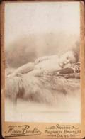 Photo, Bébé, Photographe Henri Becker, Anvers-Molenbeek-Bruxelles-Gand-Alost, (Belgique), - Personnes Anonymes
