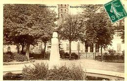 CASTELNAUDARY = Square Victor Hugo (carte Glacée Couderc)  1935 - Castelnaudary