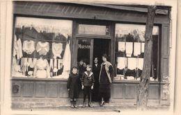 CARTE-PHOTO-MAGASIN LINGERIE FEMININE -A SITUER - Tiendas