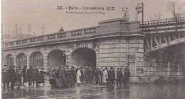 PARIS / INONDATIONS 1910 / ENVAHISSEMENT DU QUAI DE PASSY / FF 25 - De Overstroming Van 1910