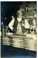 Photo Carte D'un  CAFE BAR AVEC SON COMPTOIR EN ZING - à Identifier- Photog. Guilleminot Boespflug Paris - A Identifier