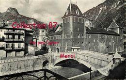 73 ☺♦♦ MOUTIERS < CPSM RARE GIL N° 3490 < LA CATHEDRALE SAINT PIERRE Et Le VIEUX PONT - Moutiers