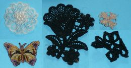 Lot Broderie Mercerie Couture, Monogramme Papillon Fleur - Vintage Clothes & Linen