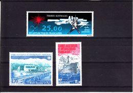 TAAF  POSTE AERIENNE 1982/84   NEUFS N° 78/80/84 - Corréo Aéreo