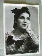 LICIA ALBANESE Soprano AUTOGRAFATA CON DEDICA  ENORME FOTO TEATRO  Alla Scala THEATRE   Théâtre STAGIONE LIRICA OPERA - Toneel & Vermommingen