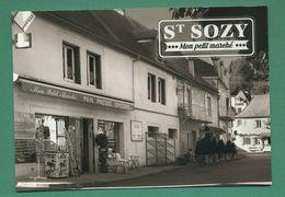 46 Saint Sozy Mon Petit Marché  Pain Presse Épicerie ( Tourniquet à Cartes Postales ) - Frankreich