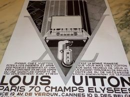 ANCIENNE PUBLICITE COIFFEUSE LOUIS VUITTON 1928 - Vintage Clothes & Linen