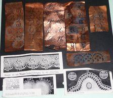 Lot De Pochoirs En Cuivre Abécédaire ABC Chiffre Et Pochoir Frise, Pour Broderie Brodeuse Pochoirs Chifre Monogramme - Vintage Clothes & Linen