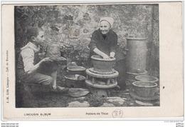 THIAT PRES LATHUS POITIERS 1911 TBE PETITS METIERS - Autres Communes