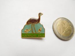 Belle Broche  ( No Pin's ) , Australian Emus , Oiseau Emeu  , Australie - Cities