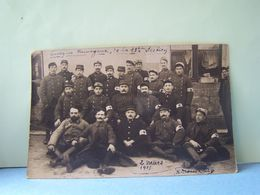 MUSSONVILLE (GIRONDE) BEGLES. MILITARIA. GROUPE DE MILITAIRES. SECTION D'INFIRMIERS ???? - Other Municipalities