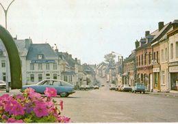 < Automobile Voiture Auto Car >> Citroen GS Bleue, Dyane, Solre Le Château - Turismo