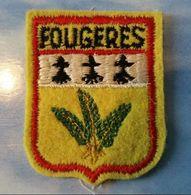 """Ecusson Tissu Ancien Années 60 """"Fougères"""" Bretagne - Vintage Clothes & Linen"""