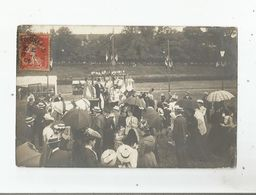 CARTE POSTALE ANCIENNE PHOTO  NON SITUEE . FETE ANIMEE . (CHARTRES OU ENVIRONS ?) 1906 - Cartoline