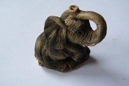 Eléphant En Résine Peinte - Animaux