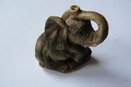 Eléphant En Résine Peinte - Animals