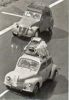 Voiture, Automobile 4 CV Et 2 CV Sur La Route Des Vacances - 9797 - Editions MERIDIONALES - TBE - PKW